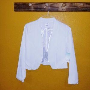 NWT, Decree White Blazer